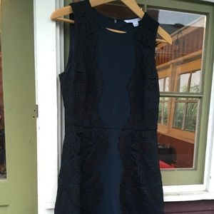 Dresses & Skirts - DIANE von FURSTENBERG lace dress